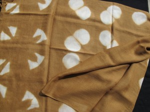 wool shawl Chin gold _3934